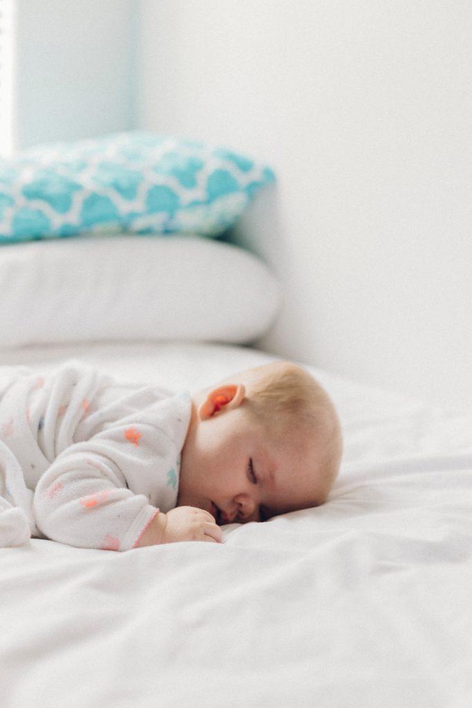 Dormir comme un bébé grâce au lin