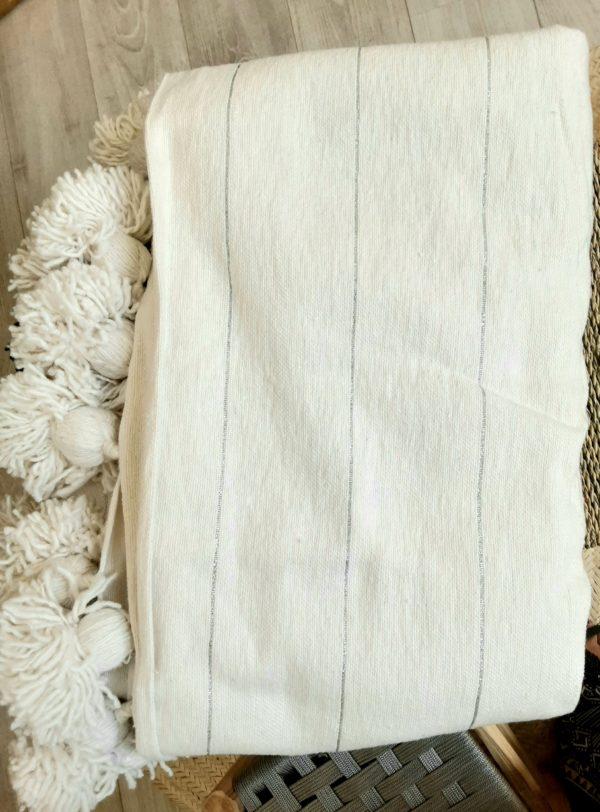 jeté pompons blanc et fil lurex